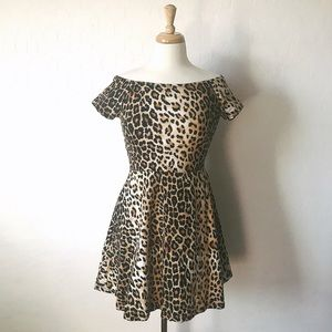 Dresses & Skirts - Leopard Print Dress